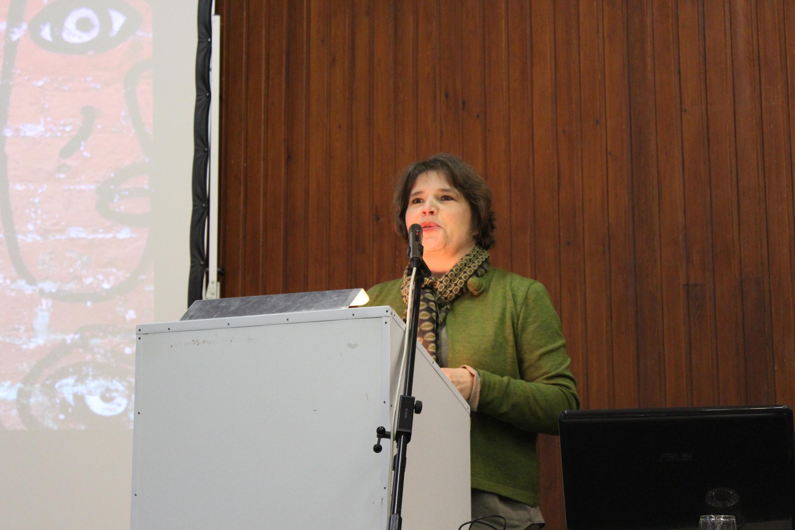 Mme la Ministre Cécile Jodogne